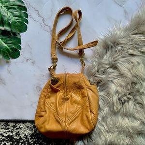 Victoria Leather Bucket Bag